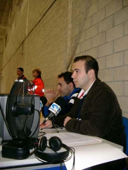 Año 2004 retransmisión de la Gala de la Solidaridad en Oviedo TV