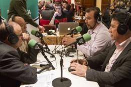 Año 2013. Programa desde exteriores en Vinilo FM con José Miguel Echavarri y Julio Jimenez